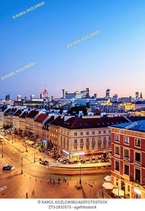 Poland, Masovian Voivodeship, Warsaw, Elevated view of the Krakowskie Przedmiescie Street at twilight