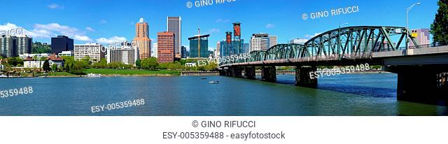 Portland Oregon skyline panorama