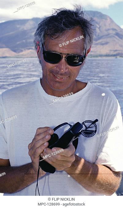 DR. JIM DARLING PLAYING HUMPBACK WHALE (Megaptera novaeangliae), SONG LIVE FROM MAUI TO SON'S SCHOOL IN BRITISH COLUMBIA