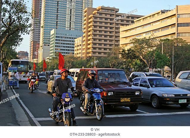 Traffic on Roxas Boulevard, Metro Manila, Philippines