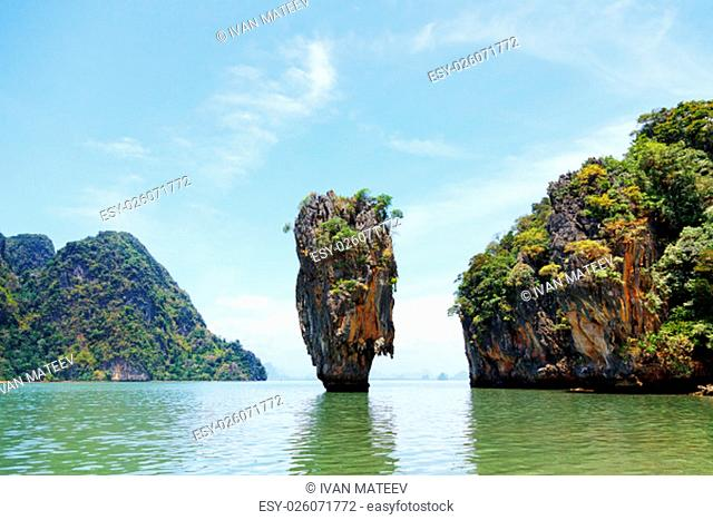 Khao Phing Kan is a pair of islands on the west coast of Thailand, in the Phang Nga Bay, Andaman Sea, near Phuket. About 40 metres from its shores lies a 20...