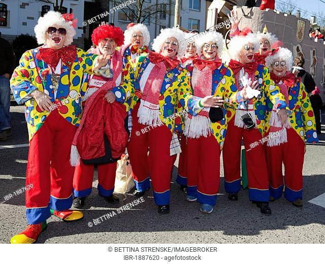 Clowns at traditional carnival celebrations on Rosenmontag with parades in the Rhineland, Muelheim an der Ruhr, Ruhr Area, North Rhine-Westphalia, Germany