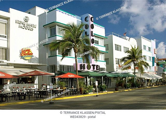 The Colony Hotel and architecture on Ocean Drive in Miami Beach Art Deco area, Florida, USA