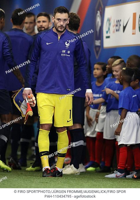 firo: 16.10.2018, Football, Landerspiel: National Team, Season 2018/2019, Nations League France, France - Germany, Germany 2: 1, Hugo Lloris, full figure