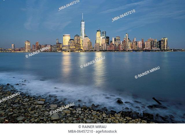 One World Trade centre, Manhattan skyline of Paulus Hook, New Jersey, Hudson River, New York city, the USA