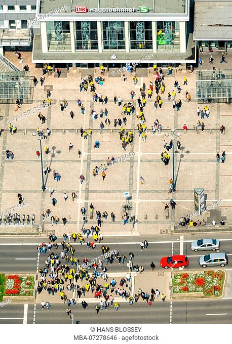 BVB fans in front of Dortmund Central Station, on the way to the stadium, Dortmund, Ruhr Area, North Rhine-Westphalia, Germany, Europe