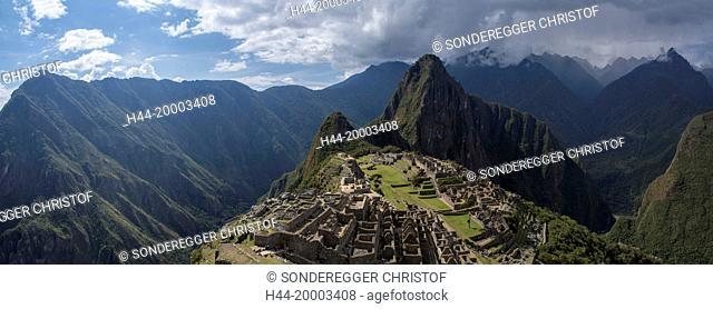 Inca site Machu Picchu