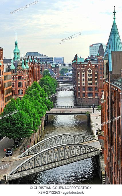 aerial view over St. Annenfleet et Hollandischbrookfleet canal in the Speicherstadt (City of Warehouses), HafenCity quarter, Hamburg, Germany, Europe