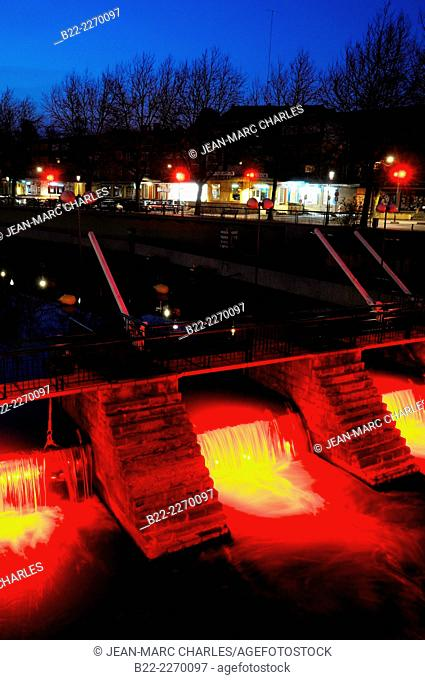Lock and dam, river Sambre, Maubeuge, North department, Pas-de-Calais, Hainaut, Northern France