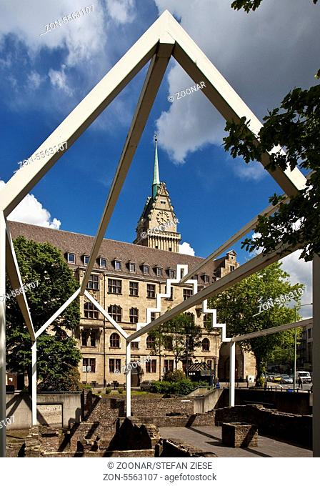 Market, City Hall, Duisburg, Germany