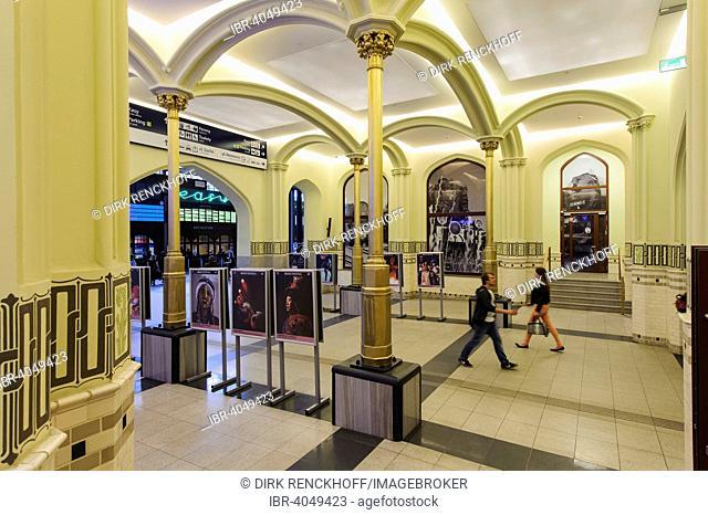 Tudor-Gothic main station, Wroclaw, Lower Silesia Province, Poland