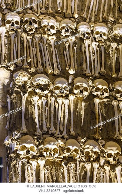 Chapel of Bones, Royal Church of Sao Francisco, Evora, Alentejo Region, Portugal, Europe