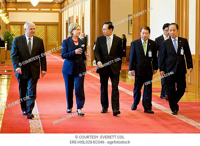 Robert Gates Hillary Clinton South Korean President Lee Myung-bak South Korean Foreign Minister Yu Myung-hwan and South Korean Defense Minister Kim Tae-young in...