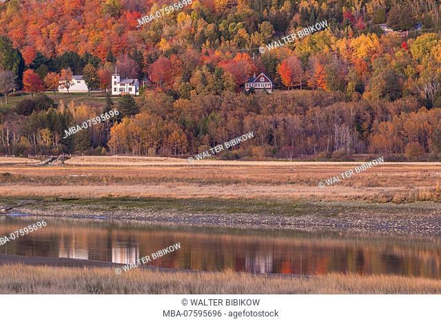 Canada, Quebec , Capitale-Nationale Region, Charlevoix, Baie St-Paul, autumn landscape, dusk