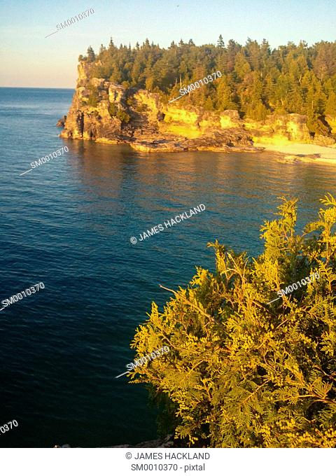A view of Indian Head Cove at sunset in Bruce Peninsula National Park, Ontario, Canada