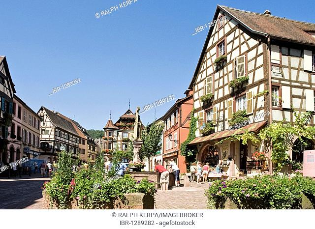 Half-timbered houses in the historic town centre of Kaysersberg, Alsace, France, Europe
