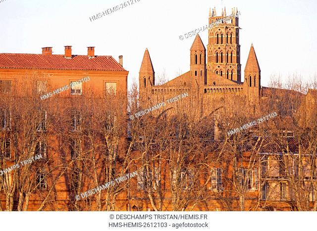 France, Haute Garonne, Toulouse, Quai Lucien Lombard and Jacobins church