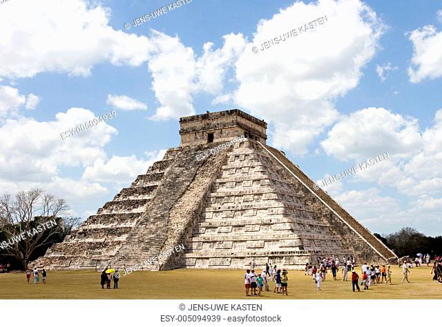 Ancient Mayan Piramide at Chichen Itza
