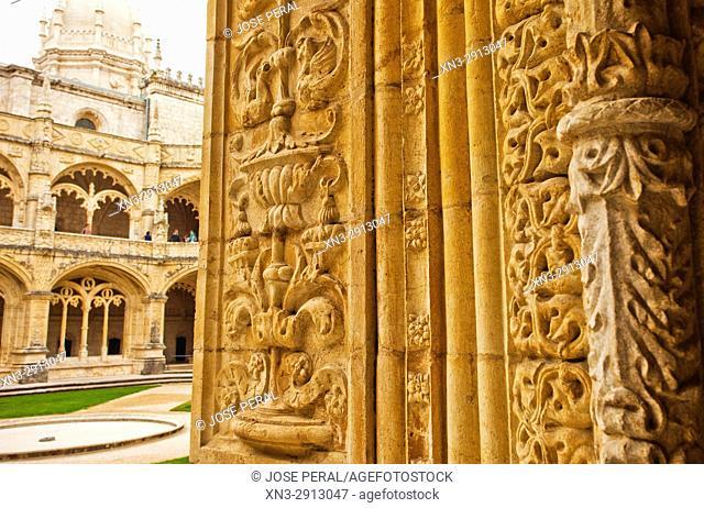 Manueline ornamentation in the cloisters, Jerónimos Monastery or Hieronymites Monastery, Belém district, Lisbon, Portugal, Europe