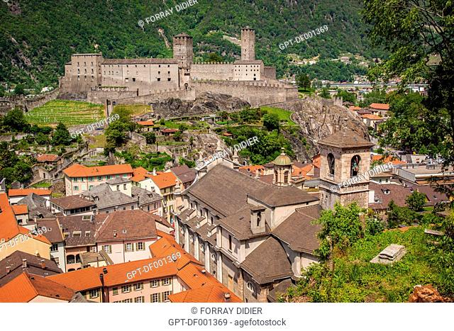 VIEW OVER THE OLD TOWN OF BELLINZONA AND CASTELGRANDE CASTLE, LISTED AS A WORLD HERITAGE SITE BY UNESCO, BELLINZONA, CANTON OF TICINO, SWITZERLAND