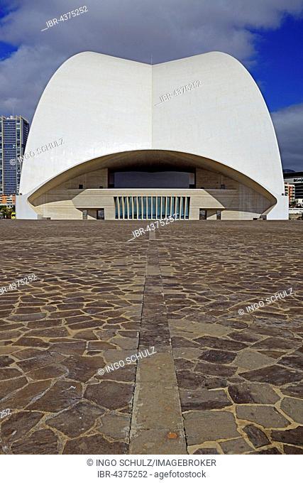 Auditorium by Santiago Calatrava, water-side, congress and concert hall, Santa Cruz, Tenerife, Canary Islands, Spain
