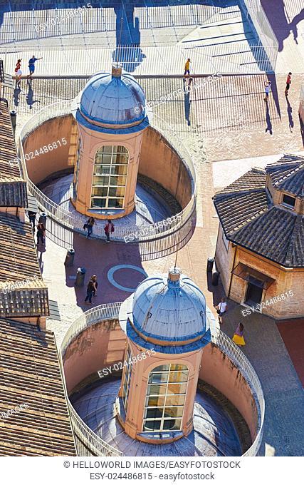 Tourists on rooftop of Basilica Di San Pietro, Vatican City, Rome, Lazio, Italy, Europe