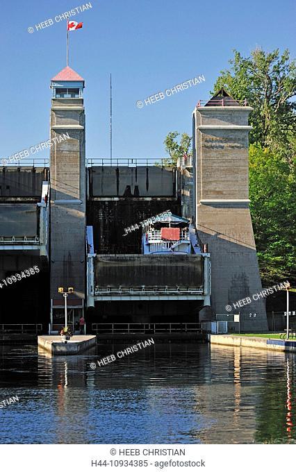 Canada, Canal, Clouds, Lift Lock, Lift, Lock, Ontario, Peterborough, Trent-Severn Waterway, waterway, summer, vertical, boat