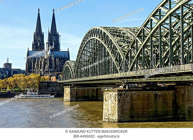 Cologne Cathedral, River Rhine, Hohenzollern Bridge, Cologne, North Rhine-Westphalia, Germany
