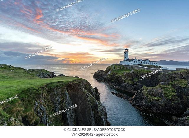 Fanad Head lighthouse, County Donegal, Ulster region, Ireland, Europe