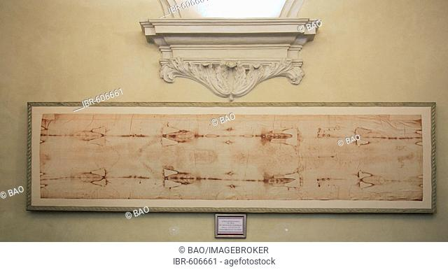 The Shroud of Turin in the Cappella della Sacra Sindone, Turin, Piedmont, Italy, Europe