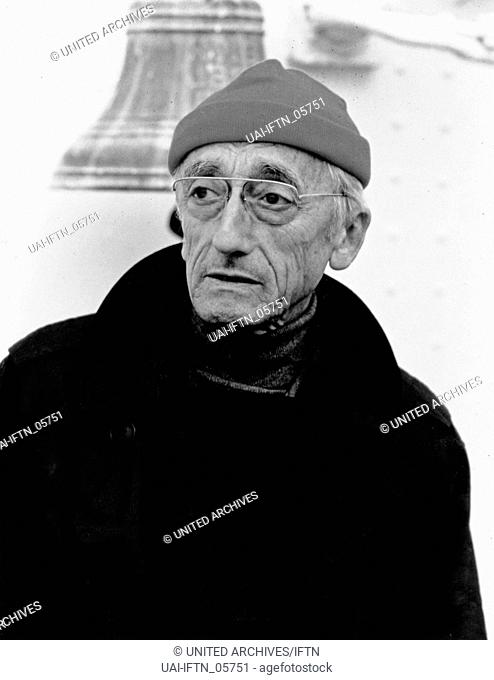 Der französische Meeresforscher Jacques Yves Cousteau, Anfang 1980er Jahre. French oceanographer Jacques Yves Cousteau, early 1980s