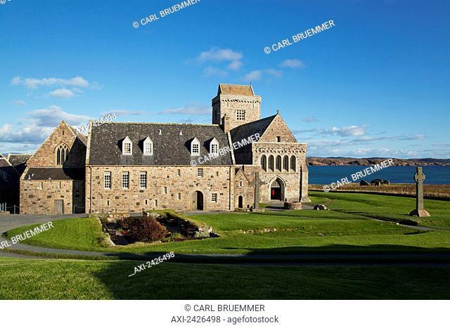 Iona Abbey, Iona Island (near Isle of Mull); Hebrides, Western Isles, Scotland