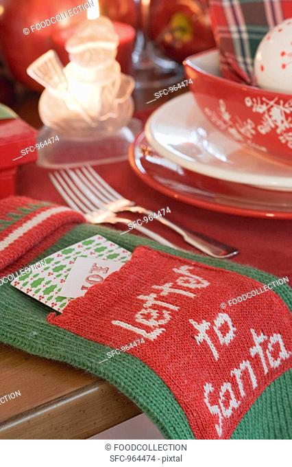 Christmas place-setting and Christmas decorations USA