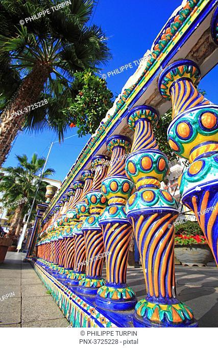 Spain, Andalousia. Algeciras. Plaza Alta