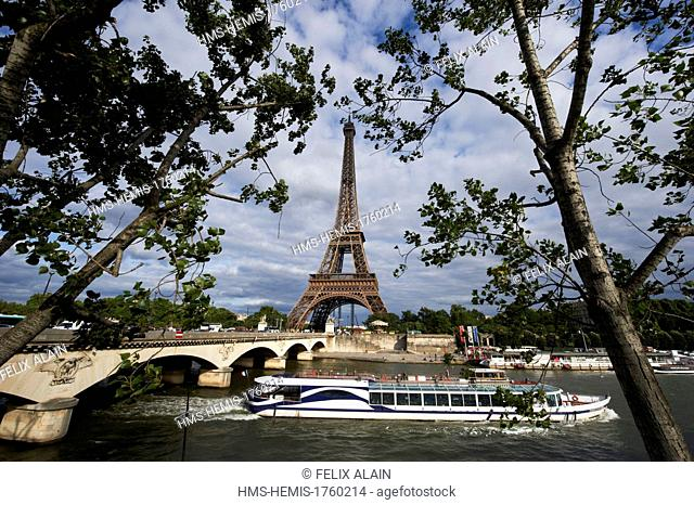 France, Paris, area listed as World Heritage by UNESCO, the Seine and the Eiffel Tower