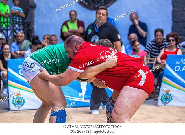 canarian wrestling public exhibition in the historical centre of Santa Cruz de Tenerife city
