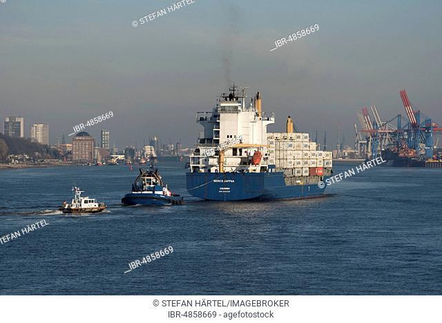 Container ship Mercs Jaffna enters Hamburg port, tug, pilot boat, Hamburg, Germany