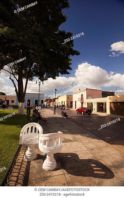 Parque de La Ermita de Santa isabel Park, Merida, Yucatan Province, Mexico, Central America