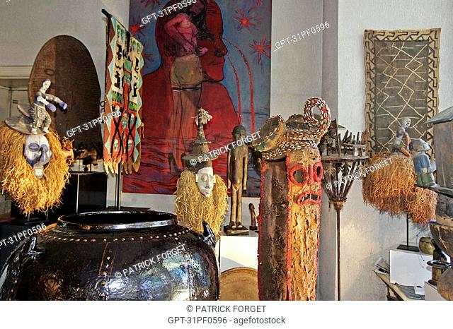 ESQUERRE GALLERY, AFRICAN ART, CITY OF TOULOUSE, HAUTE-GARONNE 31, FRANCE