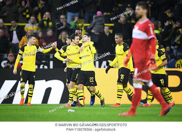 jubilation about the 3: 1: goalkeeper Christian Pulisic (BVB) in the mitte. GES / Football / 1. Bundesliga: Borussia Dortmund - VfB Stuttgart, 09.03