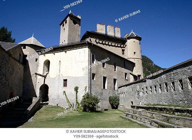 Château-Ville-Vieille, Château Queyras. Queyras. Hautes-Alpes. France