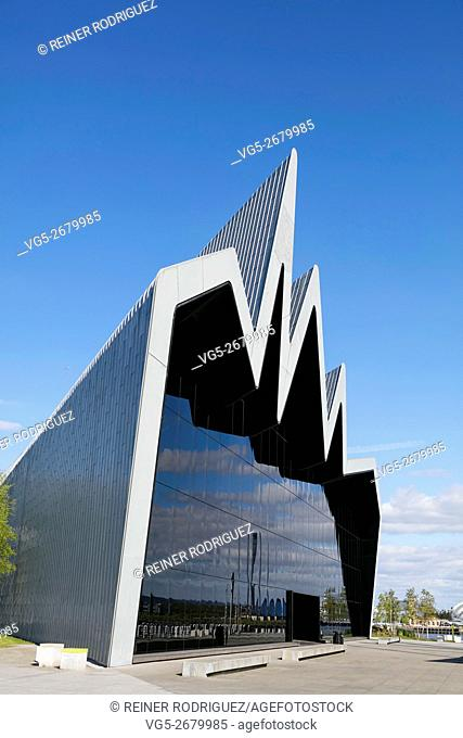 Riverside Museum of Glasgow, UK. Designed by Zaha Hadid Architects and engineers Buro Happold. View from west to east