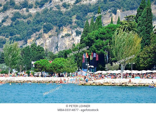 Italy, Trentino, Gardasee, Torbole, lakeside, bathing place