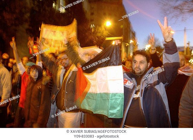 Demonstration against Israelian military campaign in the Gaza Strip. Barcelona, Spain (January 10th, 2009)