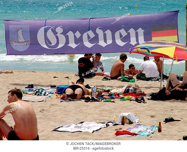 ESP, Spain, Balearic Islands, Mallorca : Beach at S'Arenal, bay of Palma, mass tourism, german tourists marked their beach areal