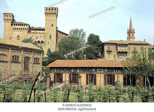 italy, emilia romagna, vignola, landscape