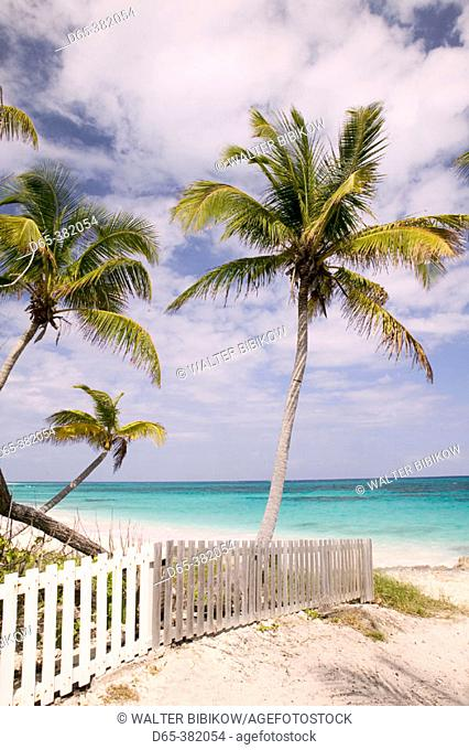 Bahamas, Abacos, 'Loyalist Cays , Elbow Cay', Elbow Cay, Hope Town: Hope Town Beach View