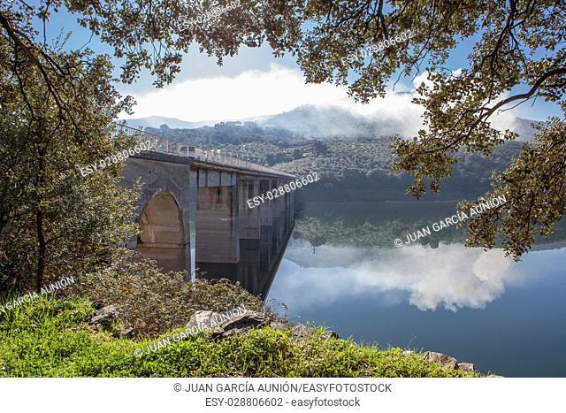 La Pesga bridge over Gabriel y Galan Reservoir Car crossing the bridge