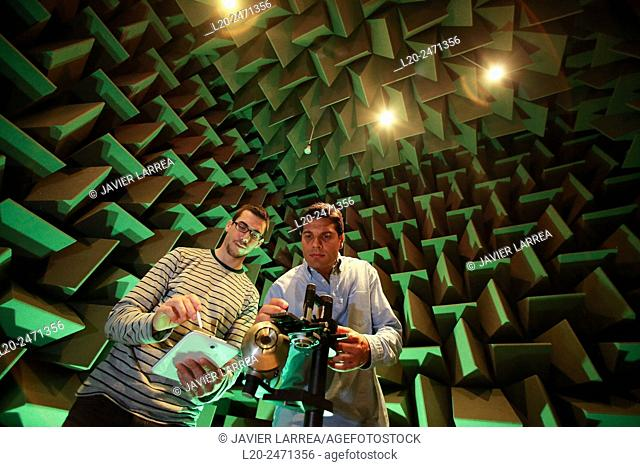 Researchers. Acoustic chamber. EMC & Telecom Lab. Certification of Low Voltage Electrical & Electronic Products. Technological Services to Industry