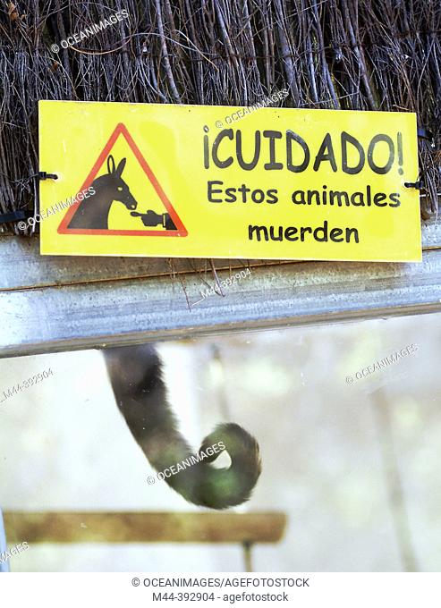 Sign for dangerous animals